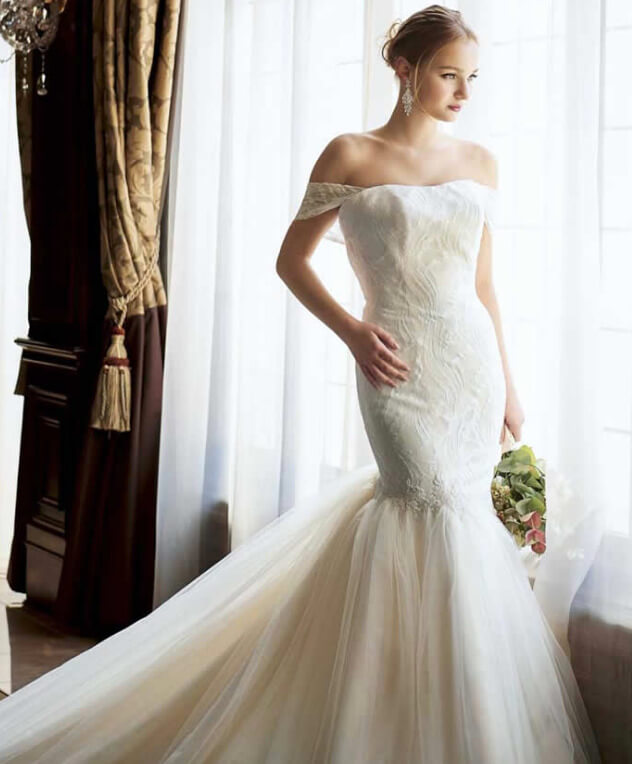 フォトウェディングの花嫁ドレス|形・色・ブランド・体型・年代別の選び方19