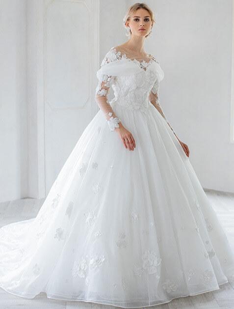 フォトウェディングの花嫁ドレス|形・色・ブランド・体型・年代別の選び方17