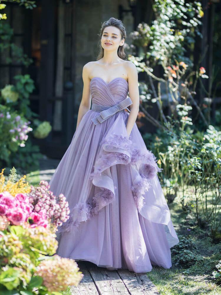 フォトウェディングの花嫁ドレス|形・色・ブランド・体型・年代別の選び方16