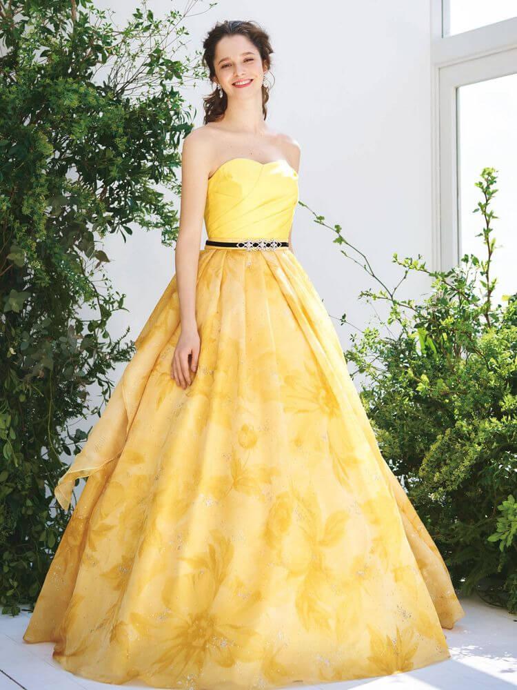 フォトウェディングの花嫁ドレス|形・色・ブランド・体型・年代別の選び方12