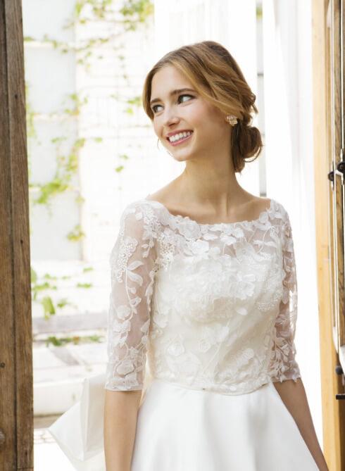 フォトウェディングの花嫁ドレス|形・色・ブランド・体型・年代別の選び方33