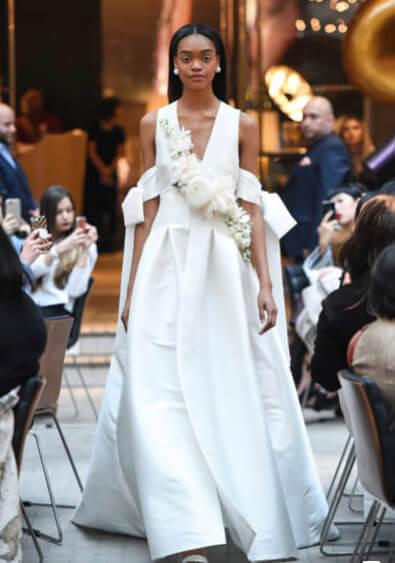 フォトウェディングの花嫁ドレス|形・色・ブランド・体型・年代別の選び方25