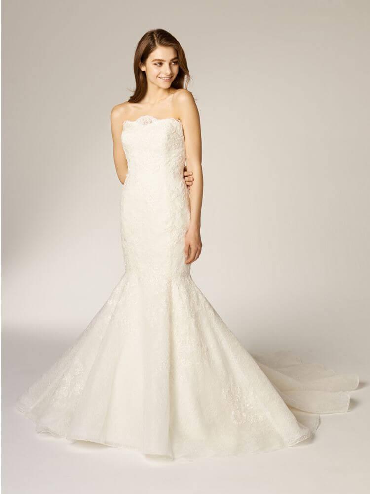 フォトウェディングの花嫁ドレス|形・色・ブランド・体型・年代別の選び方6