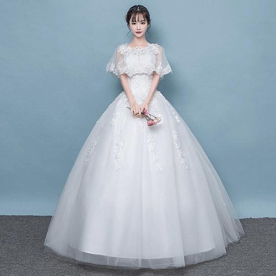 フォトウェディングの花嫁ドレス|形・色・ブランド・体型・年代別の選び方30