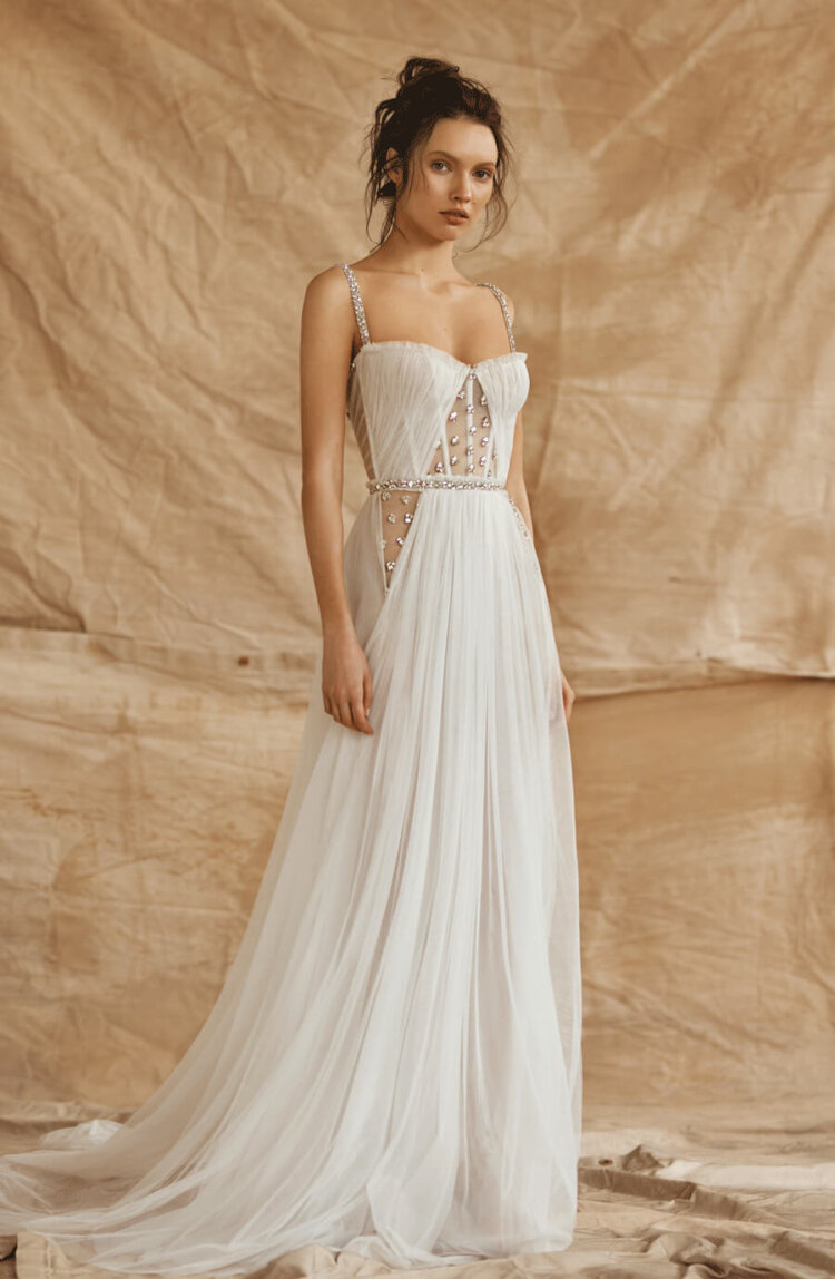 フォトウェディングの花嫁ドレス|形・色・ブランド・体型・年代別の選び方24