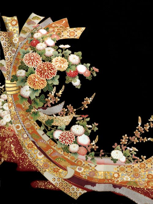 フォトウェディングの和装は白無垢・色打掛・引き振袖のどれ?花嫁に人気の柄や定番の色を紹介15