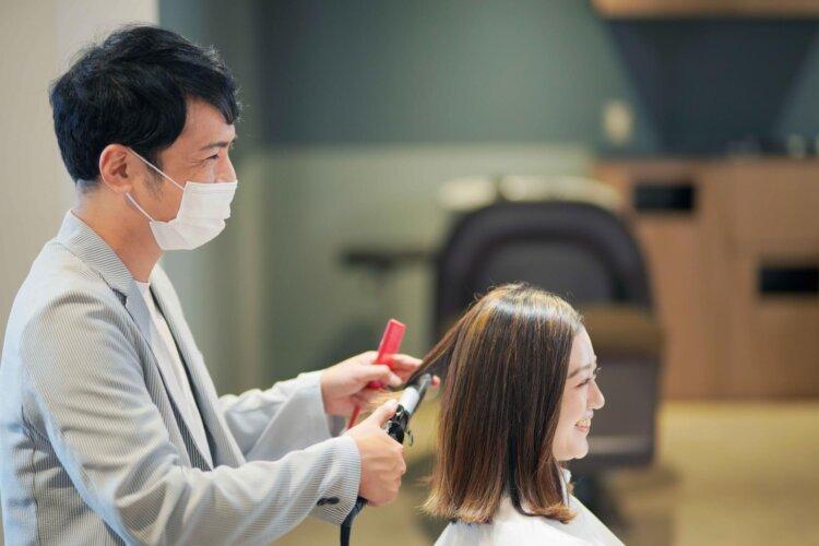 【花嫁】フォトウェディングで人気の髪型まとめ | 髪の長さ・衣装から選ぶ4
