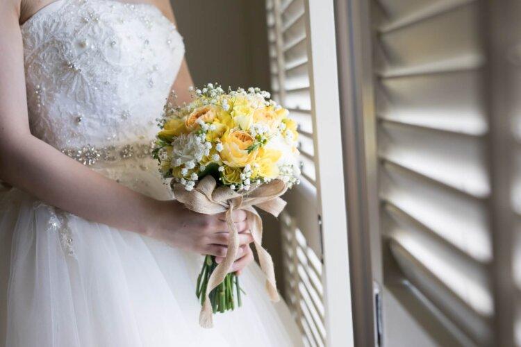 【花嫁】フォトウェディングで人気の髪型まとめ | 髪の長さ・衣装から選ぶ2