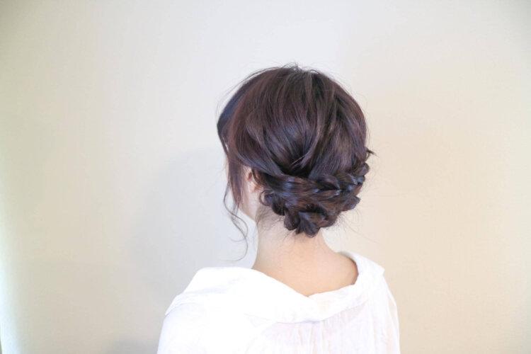 【花嫁】フォトウェディングで人気の髪型まとめ | 髪の長さ・衣装から選ぶ13
