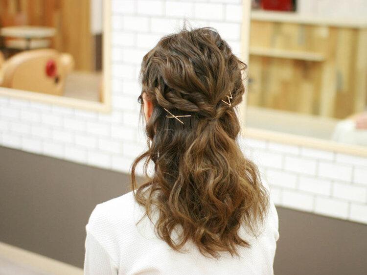 【花嫁】フォトウェディングで人気の髪型まとめ | 髪の長さ・衣装から選ぶ11