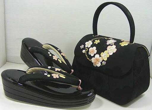 成人式写真のバッグはレンタルでOK!料金相場や選び方を紹介8