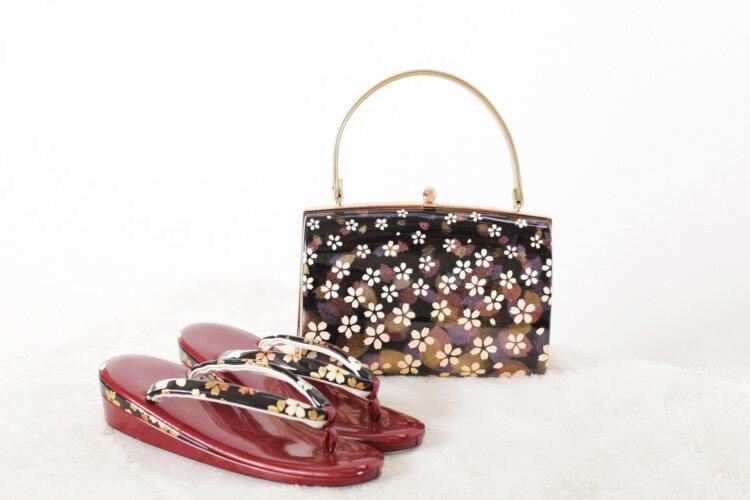 成人式写真のバッグはレンタルでOK!料金相場や選び方を紹介4