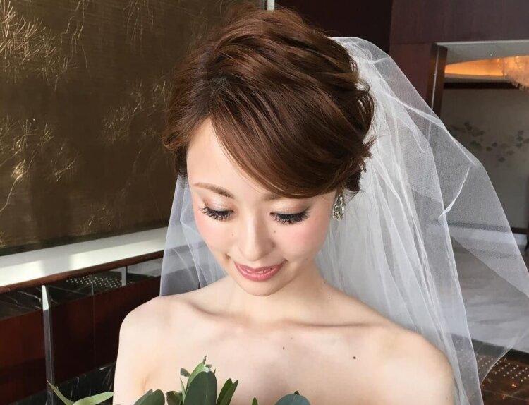 花嫁に人気のクラシカルヘア!フォトウェディング映えするクラシカルヘアを紹介16