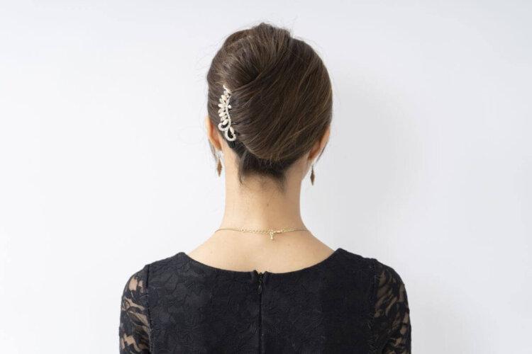 花嫁に人気のクラシカルヘア!フォトウェディング映えするクラシカルヘアを紹介10