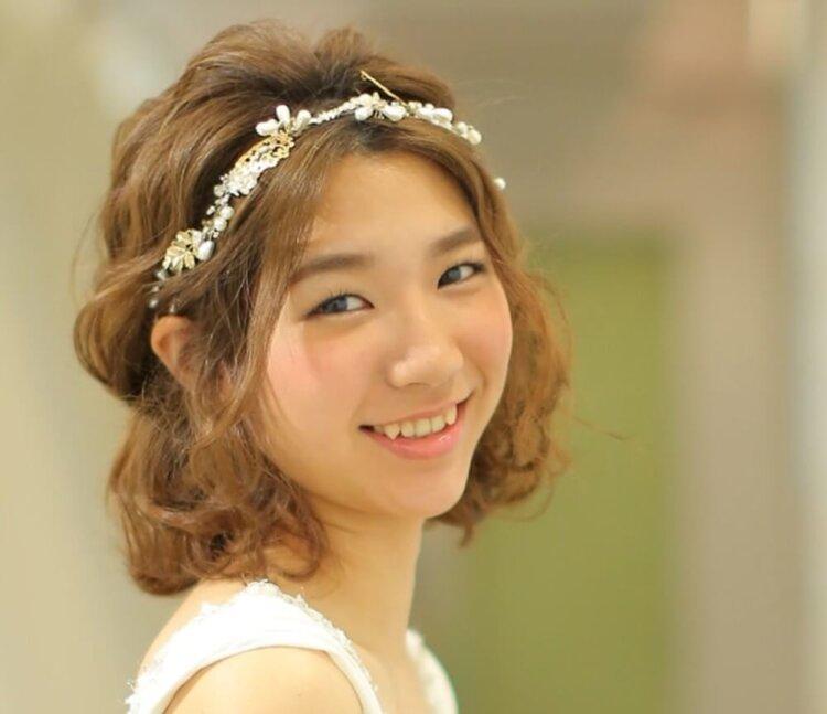 花嫁に人気のクラシカルヘア!フォトウェディング映えするクラシカルヘアを紹介12
