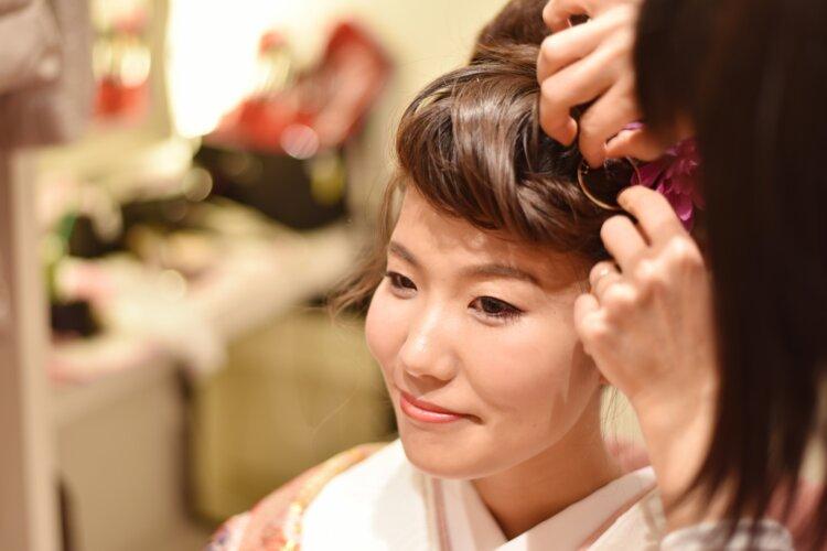 【長さ別】和装の花嫁に人気のフォトウェディングの髪型カタログ4