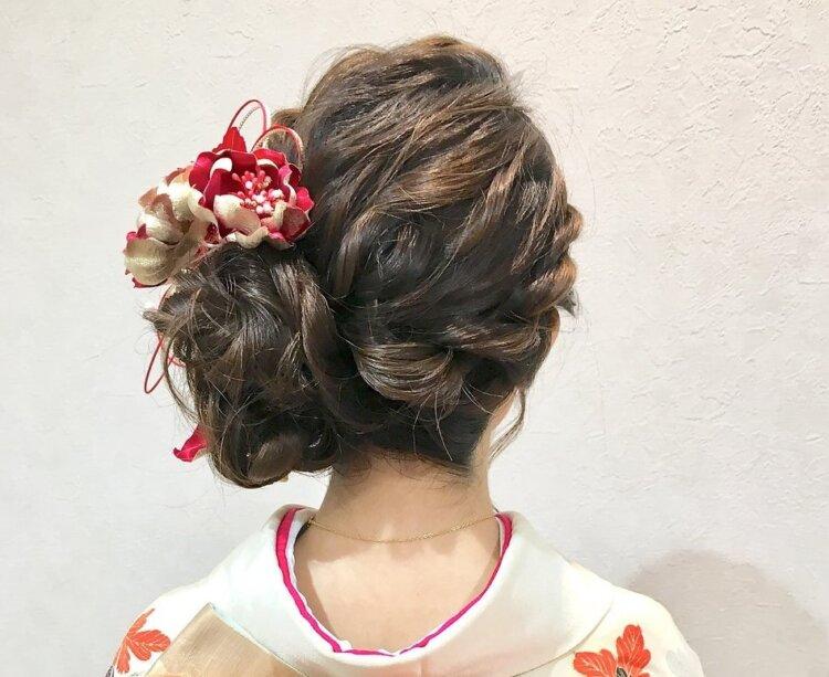 【長さ別】和装の花嫁に人気のフォトウェディングの髪型カタログ11