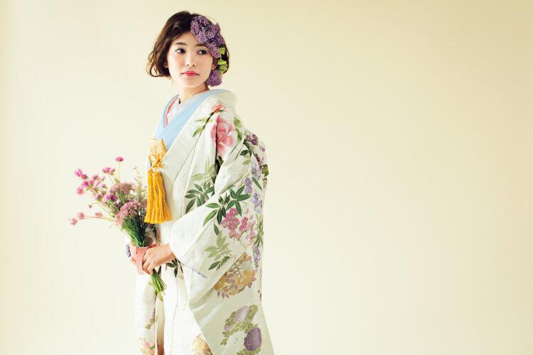 【長さ別】和装の花嫁に人気のフォトウェディングの髪型カタログ7