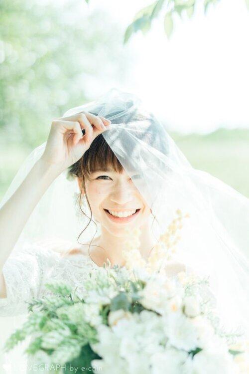写真写りが悪いからフォトウェディングが嫌!花嫁の写りUPの基本・ポーズを紹介12