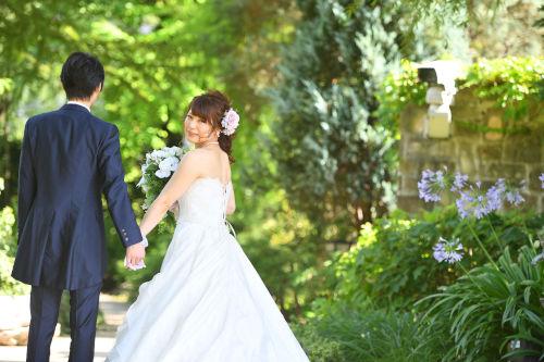 写真写りが悪いからフォトウェディングが嫌!花嫁の写りUPの基本・ポーズを紹介6