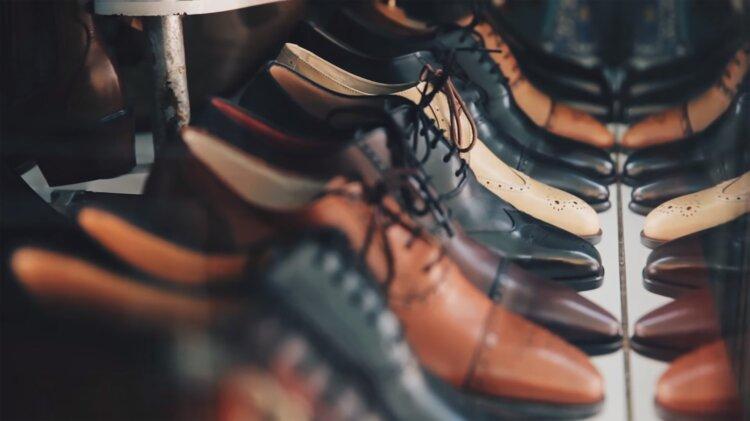 フォトウェディングの新郎シューズを洋装・和装別にデザイン・色・生地など選び方を紹介14