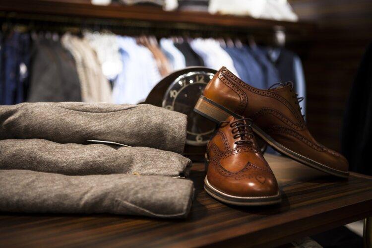 フォトウェディングの新郎シューズを洋装・和装別にデザイン・色・生地など選び方を紹介23