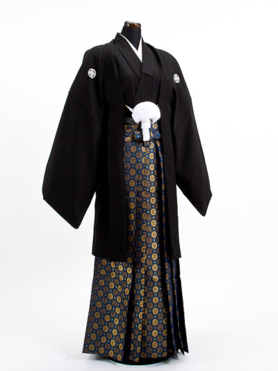 【男子向け】成人式写真の服装選びまとめ|袴とスーツの選び方ポイント4