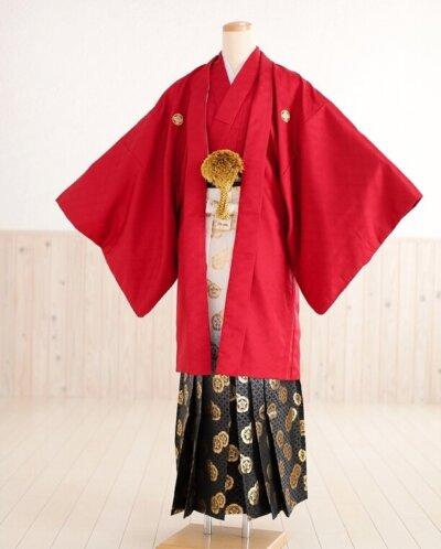【男子向け】成人式写真の服装選びまとめ|袴とスーツの選び方ポイント5