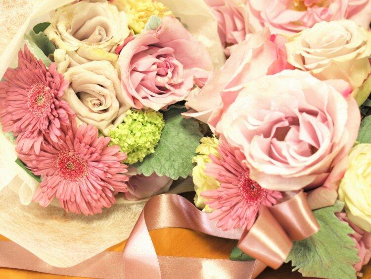 フォトウェディングのブーケは決まった?種類・色・お花・衣装から選ぶ