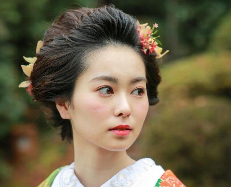 白無垢でフォトウェディングなら髪型は?伝統的なスタイルとセルフセット可な髪型を紹介20
