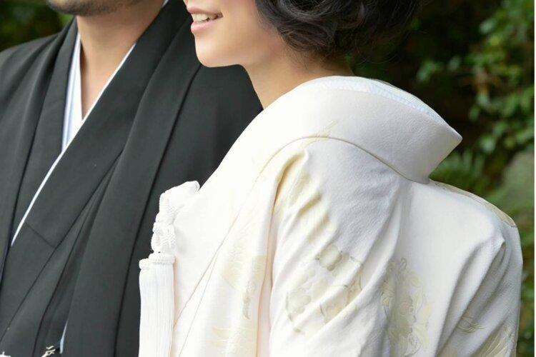 白無垢でフォトウェディングなら髪型は?伝統的なスタイルとセルフセット可な髪型を紹介9