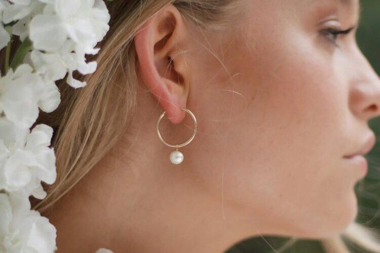 フォトウェディングの花嫁のアクセサリーを選ぶ4つのポイント&デザインまとめ11