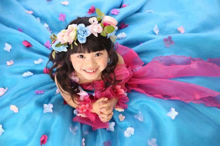 七五三のドレスに合う髪型は?お姫様になれる髪型のセット手順を解説4