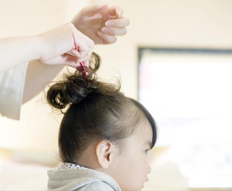 七五三のドレスに合う髪型は?お姫様になれる髪型のセット手順を解説2