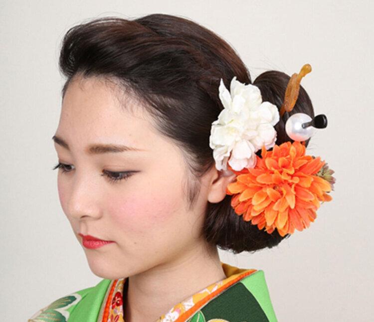 ロング女子の成人式写真の髪型は?かわいい・大人っぽいスタイルを紹介7