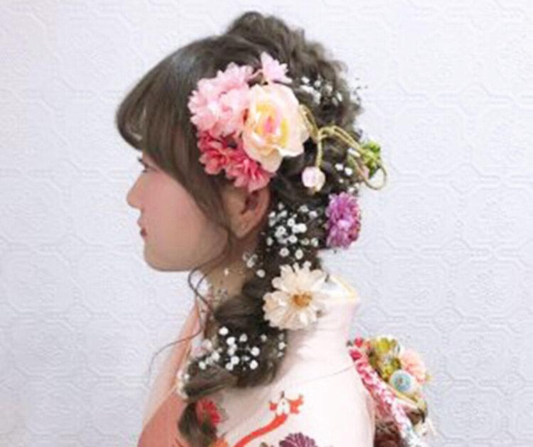 ロング女子の成人式写真の髪型は?かわいい・大人っぽいスタイルを紹介5