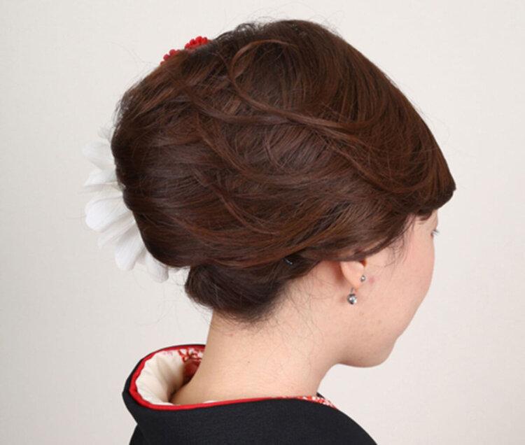 ロング女子の成人式写真の髪型は?かわいい・大人っぽいスタイルを紹介6