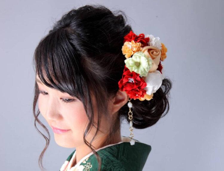 ロング女子の成人式写真の髪型は?かわいい・大人っぽいスタイルを紹介4