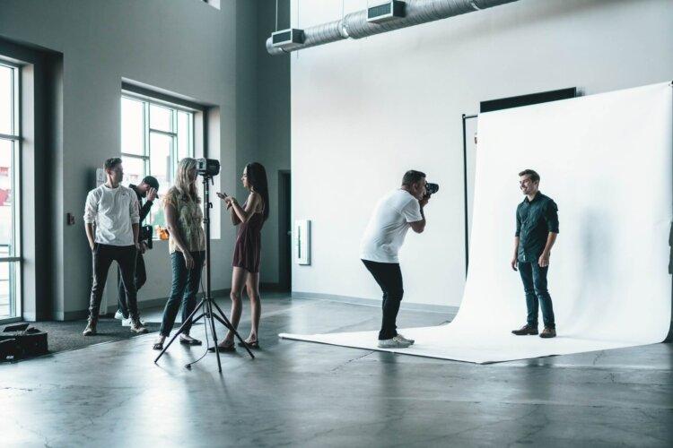 宣材写真のスタジオの選び方とは?東京のおすすめ写真スタジオも紹介3