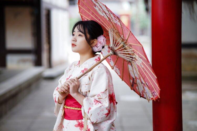 【女子】卒業袴の写真の「前髪」はどうする?アレンジ方法と前髪の疑問を解消1