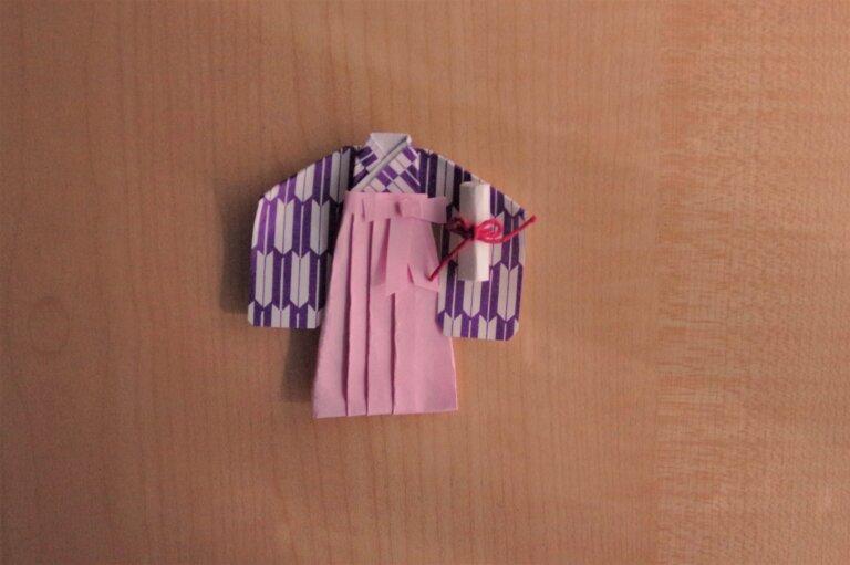 紫の卒業袴のメイクはリップ・チーク・シャドウの色が重要!おすすめカラーをご紹介