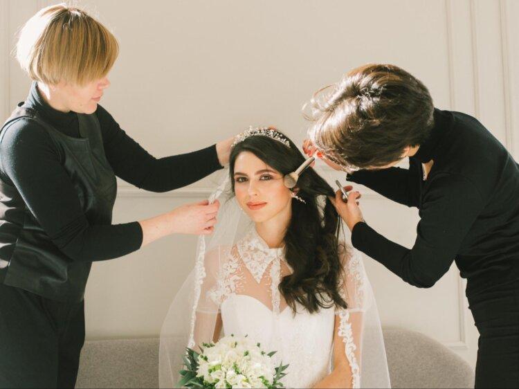花嫁に人気の髪飾りをフォトウェディングを中心にご紹介!1