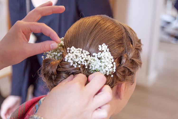 花嫁に人気の髪飾りをフォトウェディングを中心にご紹介!4