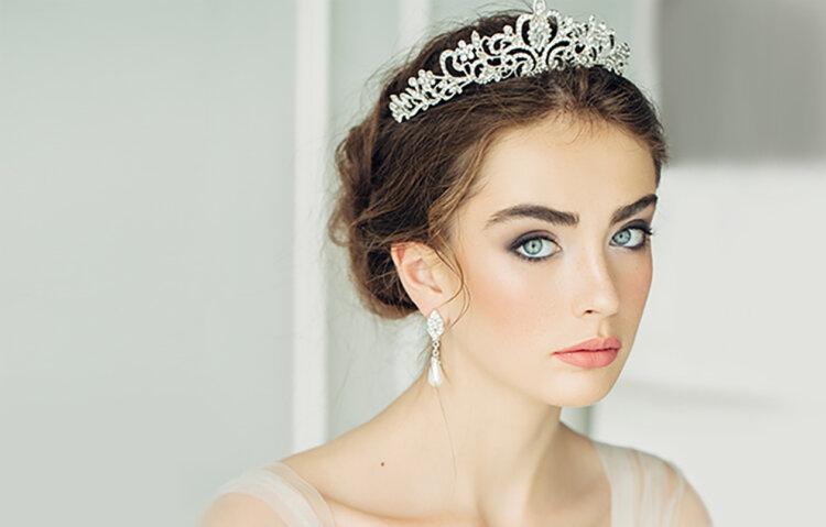 花嫁に人気の髪飾りをフォトウェディングを中心にご紹介!10