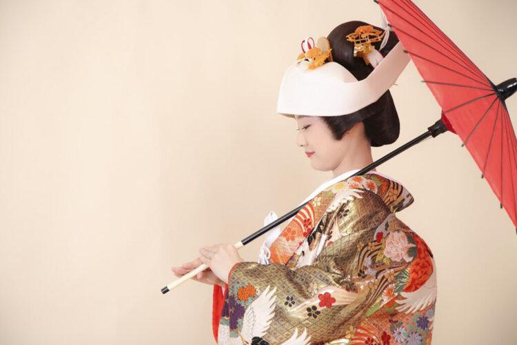 花嫁に人気の髪飾りをフォトウェディングを中心にご紹介!18