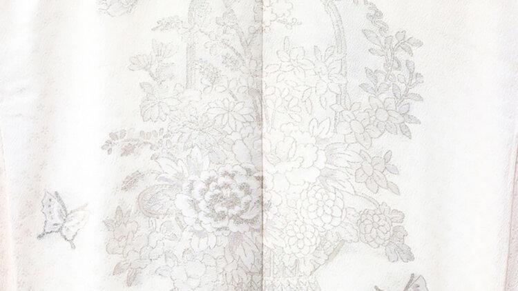 フォトウェディングの白無垢の違いは?色味・生地・織り方・柄から選ぶ9