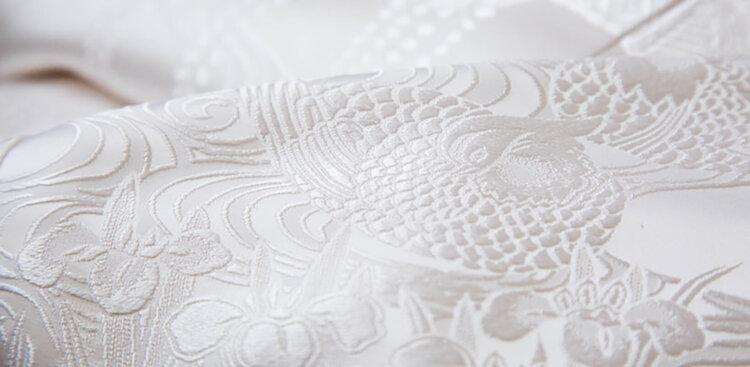 フォトウェディングの白無垢の違いは?色味・生地・織り方・柄から選ぶ13