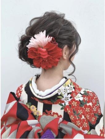 【学生必見】卒業写真のおすすめ撮り方解説!時期や男女別に衣装も紹介8