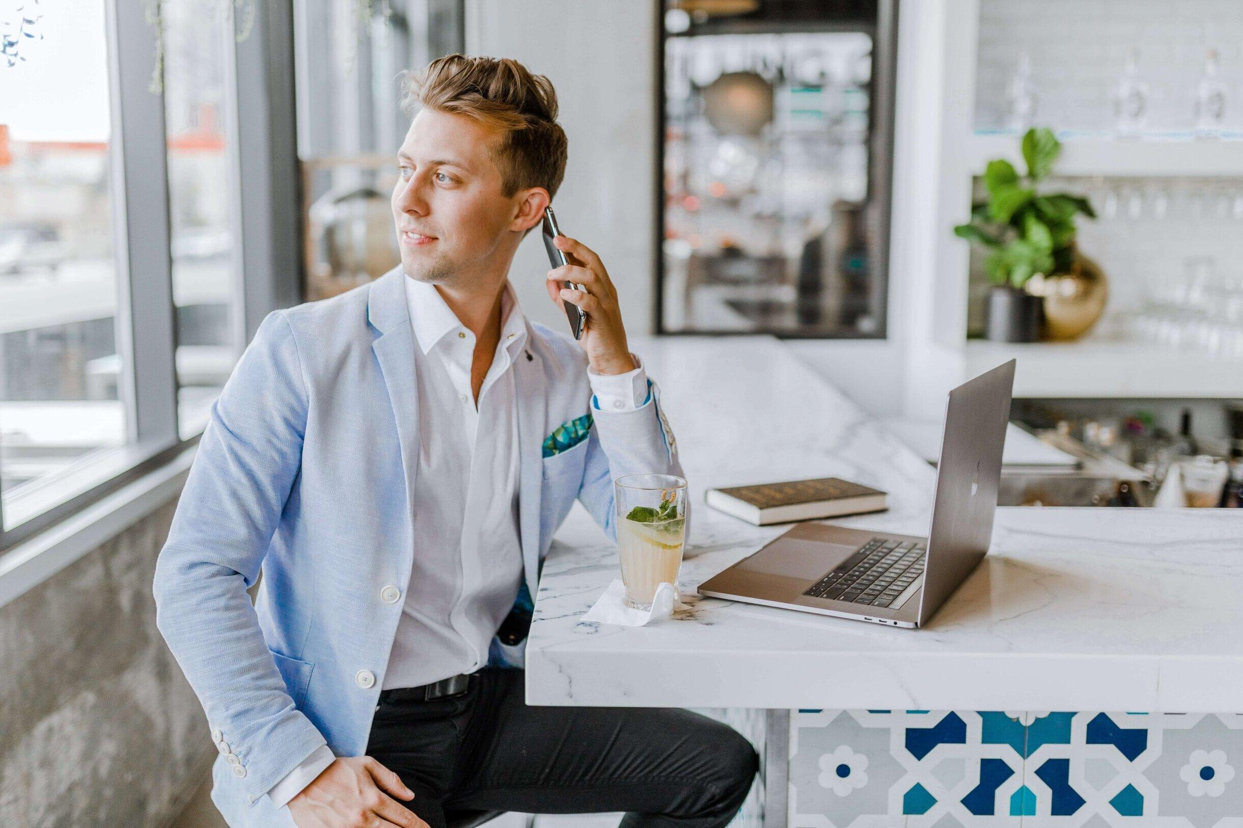 社長や弁護士などの職業別ビジネスプロフィール写真の撮り方解説