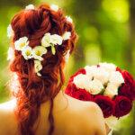 フォトウェディングで花嫁に人気のダウンスタイル集&ヘアアクセサリー